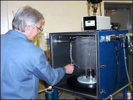 Vacuum chamber in laboratory used for potting under vacuum